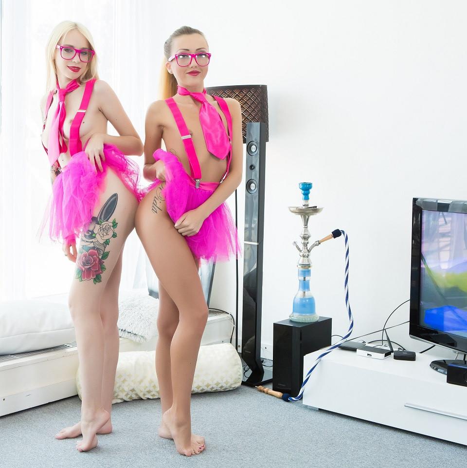 Duo Escort Girls Arteya and Nerdy