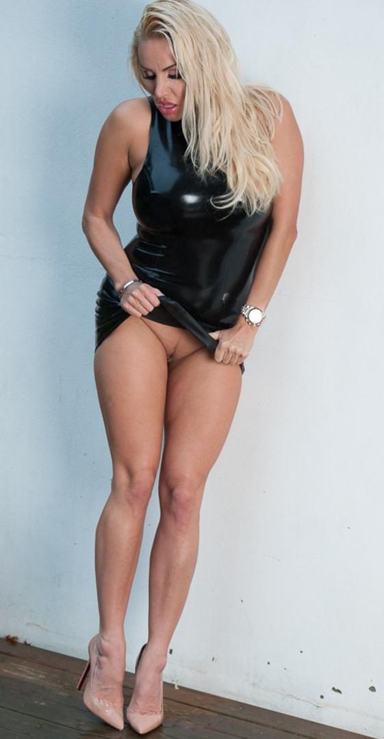 Kinky Escort Women Elina