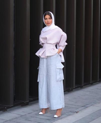 Hijab Escort Beyza