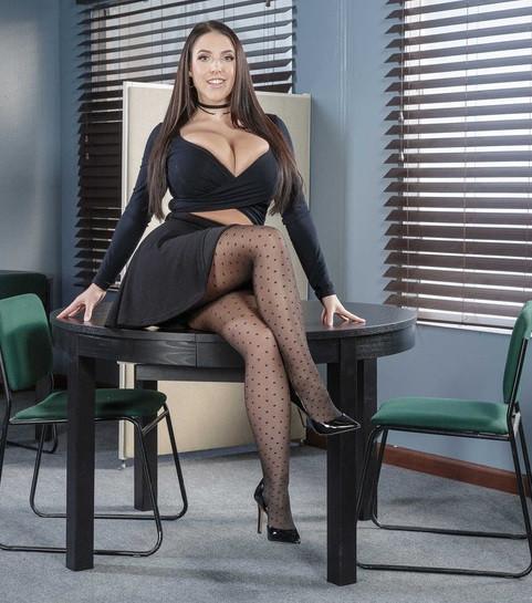Pornstar Escort Girl Angela White