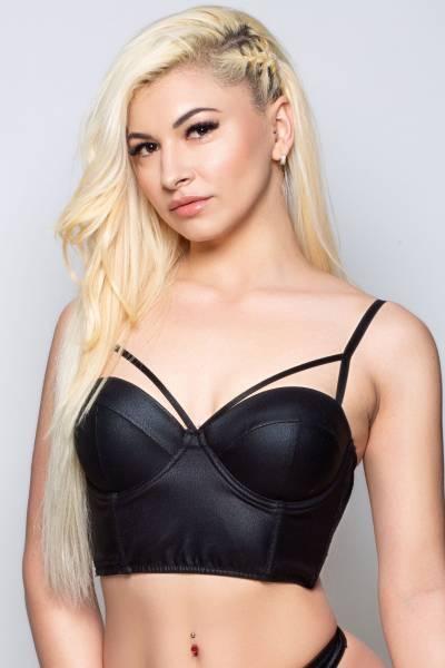 Blonde Escort Girl Attie