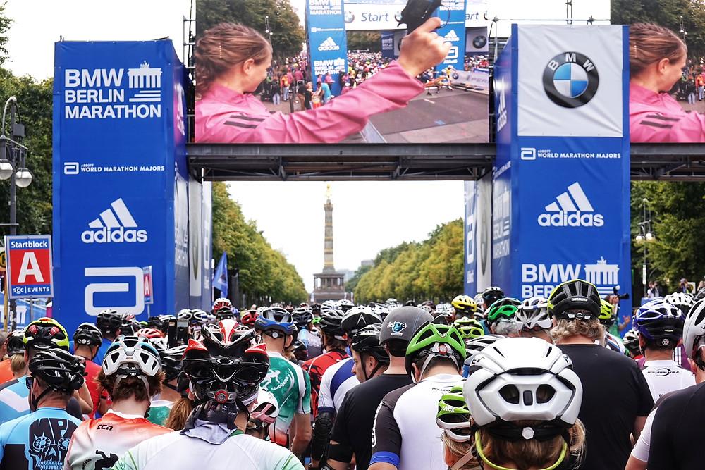 Start des BMW Berlin Marathon Inlineskating