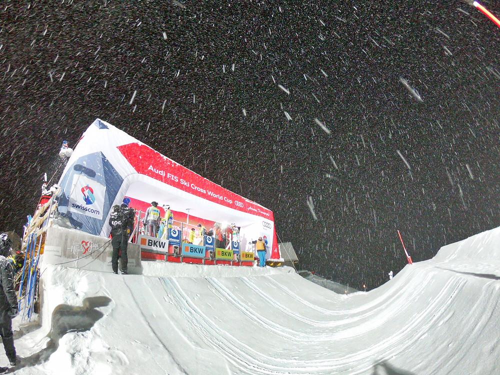 Start Area bei Skicross in Arosa