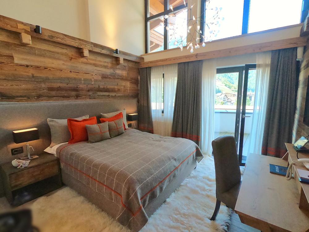 Schlafzimmer in der Suite im Central Sölden