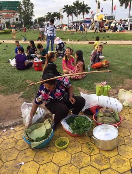 Essensstand vor dem Palast