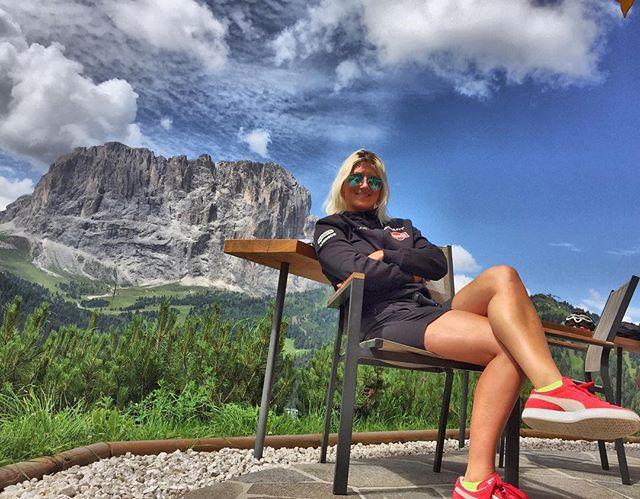 Waiting for the riders of #GiroDolomiti ..nice view..isn't it_..😁.