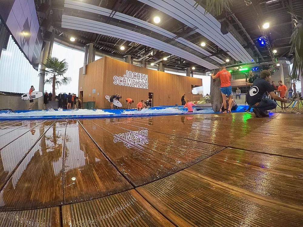 Indoor Welle in der Jochen Schweizer Arena