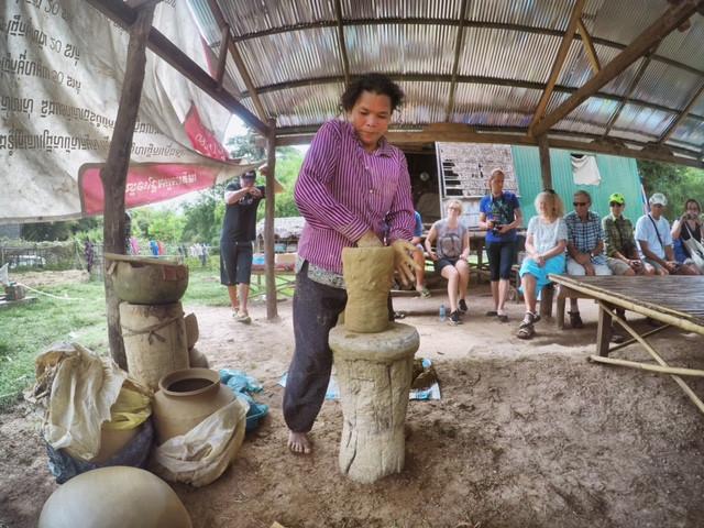 Kambodschanische Töpferkunst