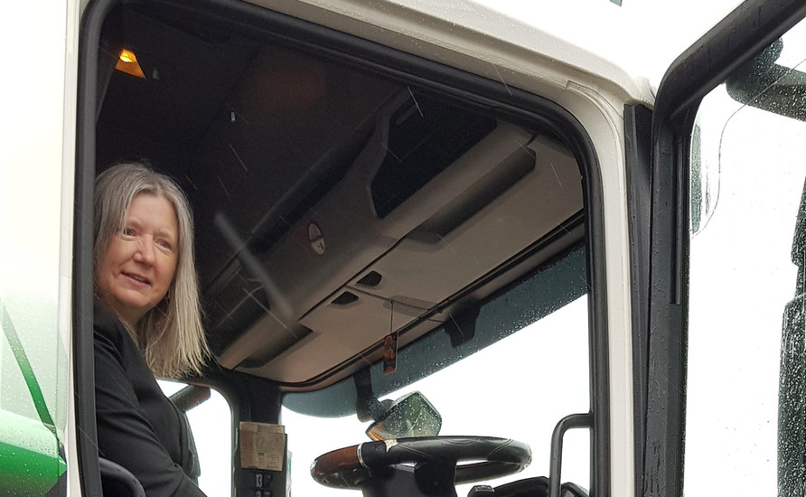 Car-tography - Mayoress in Stobart Truck