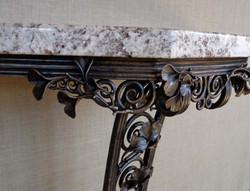 ginkgo leaf table detail