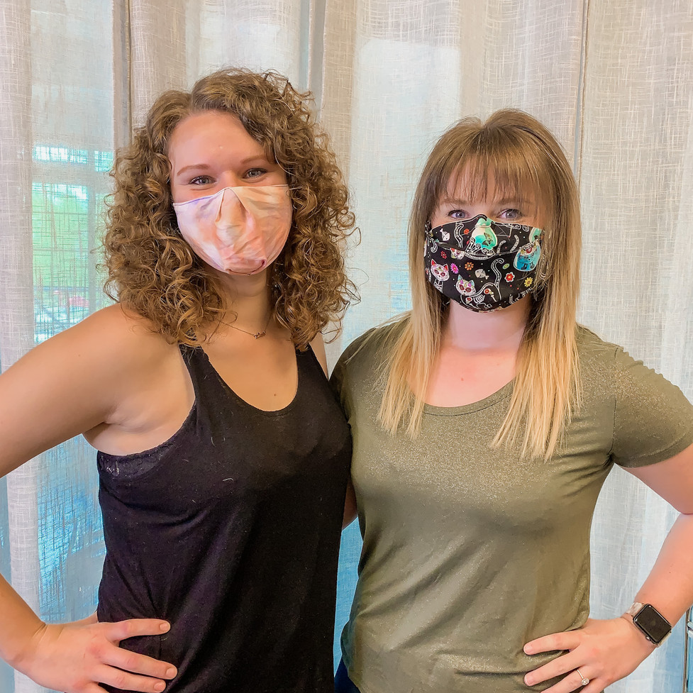 Hairstylist Wearing Mask