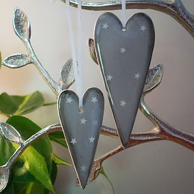 Grey-Ceramic-Hearts.jpg