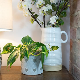 White-Jug-with-Neutral-Planting-Pot2.jpg