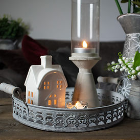 Round-Tray-with-Jug-and-Tealights2.jpg