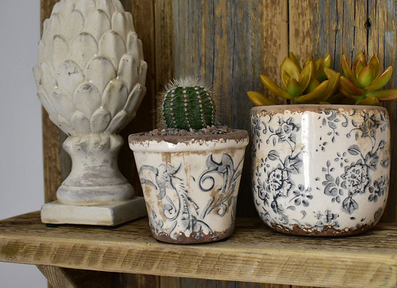 Small Flower Pot with French Pattern