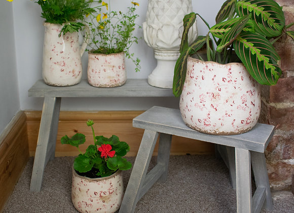 Potting Benches for Display Items