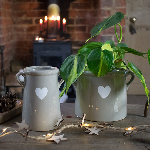 Ceramic Pot in Grey with Heart Decoration