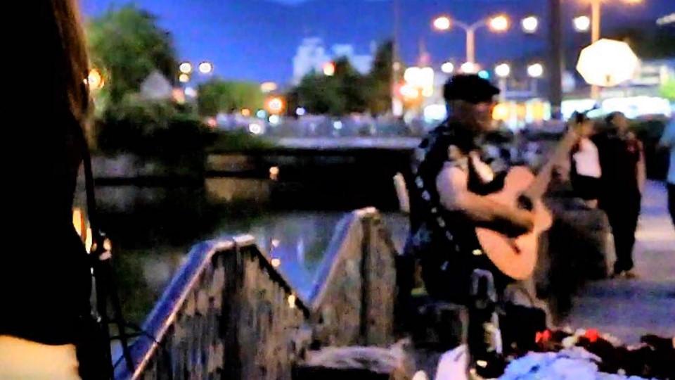 運河ギター.jpg