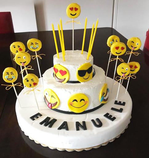 Torta per E. - Emoji Party