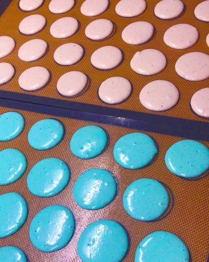 Macarons Rosa e Azzurri in preparazione