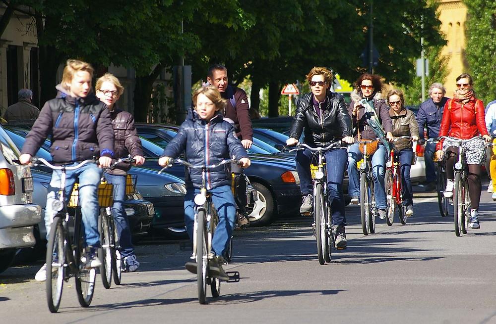 På sykkel i Berlin.