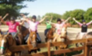 campus estivi, settimane a cavallo in maneggio