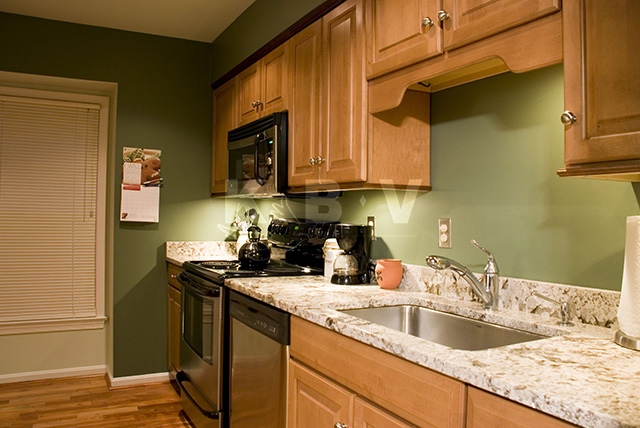 Roberts Kitchen After Remodel_13.jpg