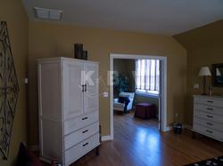 Book Master Bedroom & Bathroom (45)