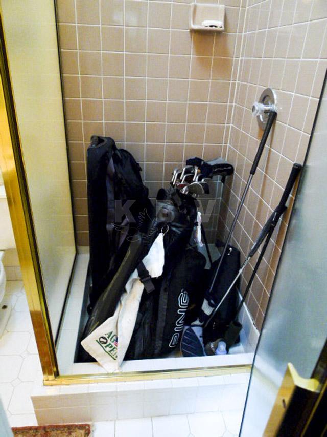 Coler Kitchen & 2 Bathroom Before Remodel_6