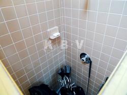 Coler Kitchen & 2 Bathroom Before Remodel_20