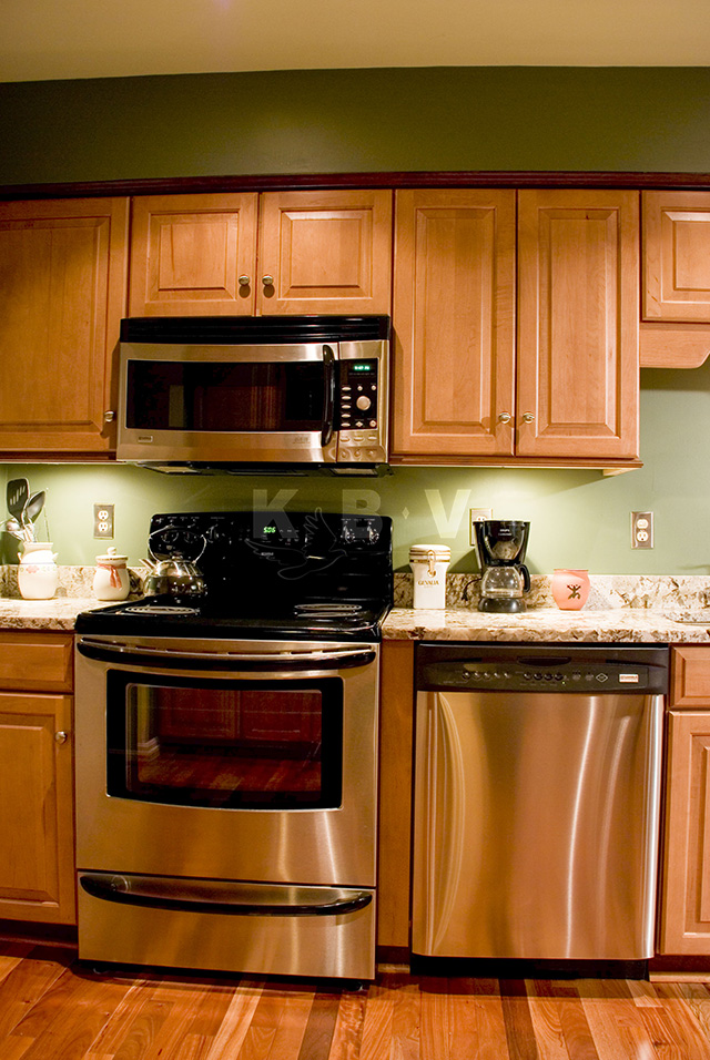 Roberts Kitchen After Remodel_21.jpg