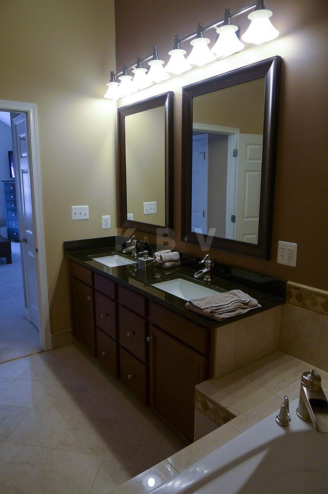 Odell 2nd & 3rd Bathroom After Remodel_34.jpg