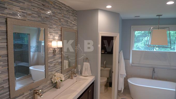 Book Master Bedroom & Bathroom (264)