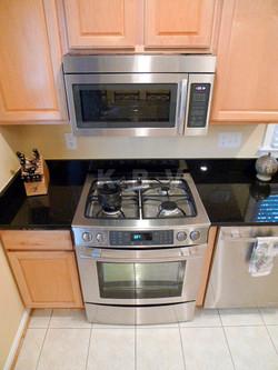 Garratt Kitchen After Remodel_11.jpg
