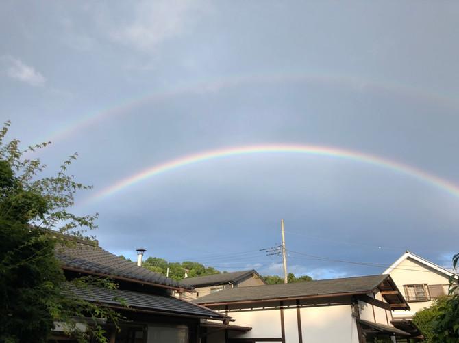二重になった虹