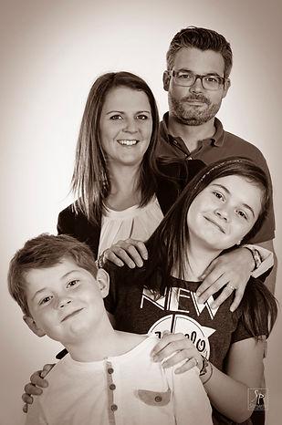 Idée photo séance photo en groupe et famille à Reims