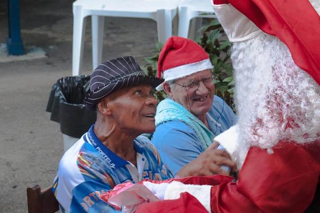 trabalho voluntario natal idosos