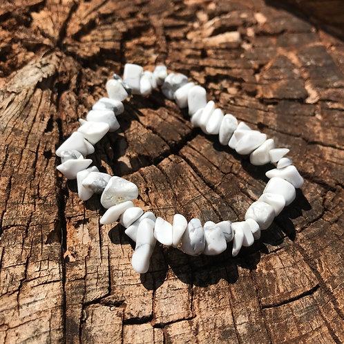 Gemstone Chip Howlite Bracelet