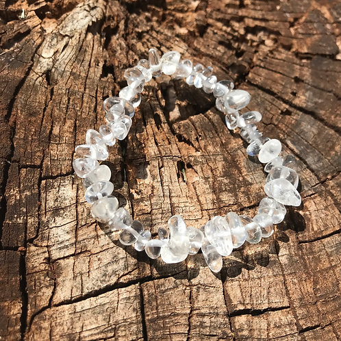 Gemstone Chip Clear Quartz Bracelet