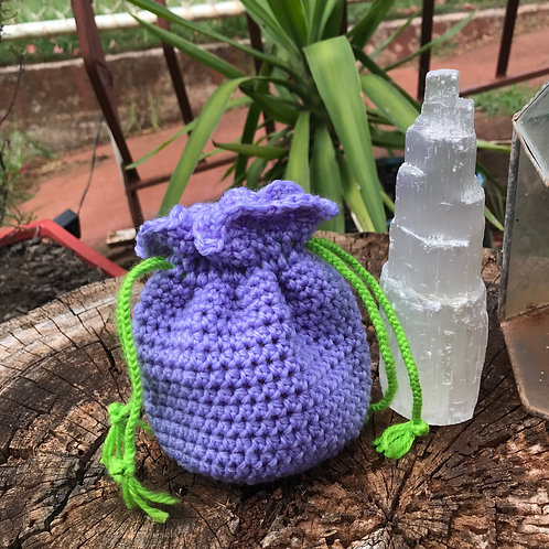 Handmade Crochet Crystal/Jewellery Pouch (b)