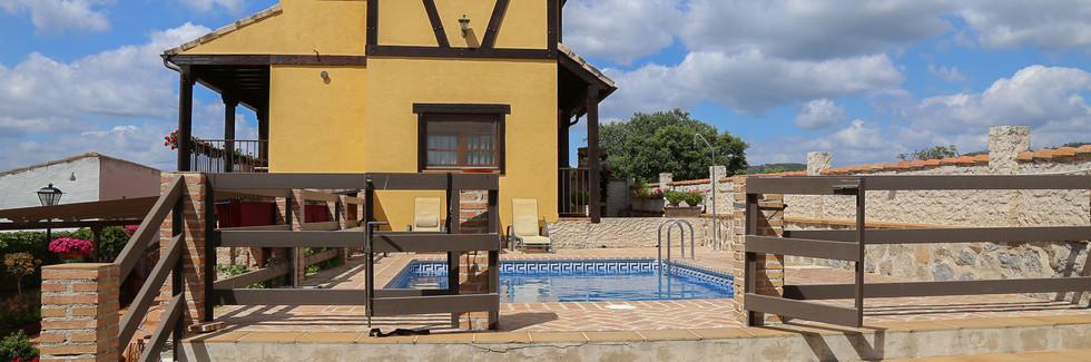 Casa Rural La Garrocha-Exterior_11.jpg