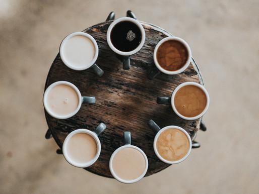 Kaffee oder Tee: Was ist eigentlich gesünder?