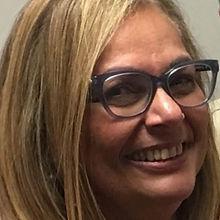 8. Diretora da Revista - Jane Silva de A