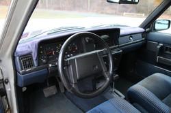 aVolvo Sedan 031