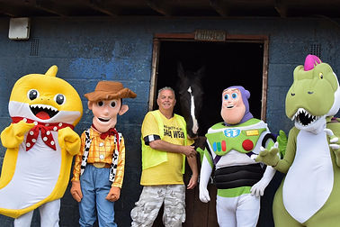 Tpy STory Steve and group-IMG-20190926-W