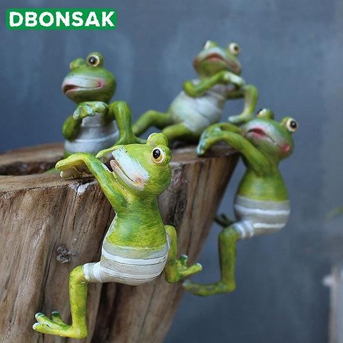 2/4pcs Creative Climbing Frogs Bonsai Decorative Hang Frog