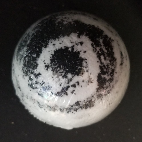 Black Widow Bath Bomb