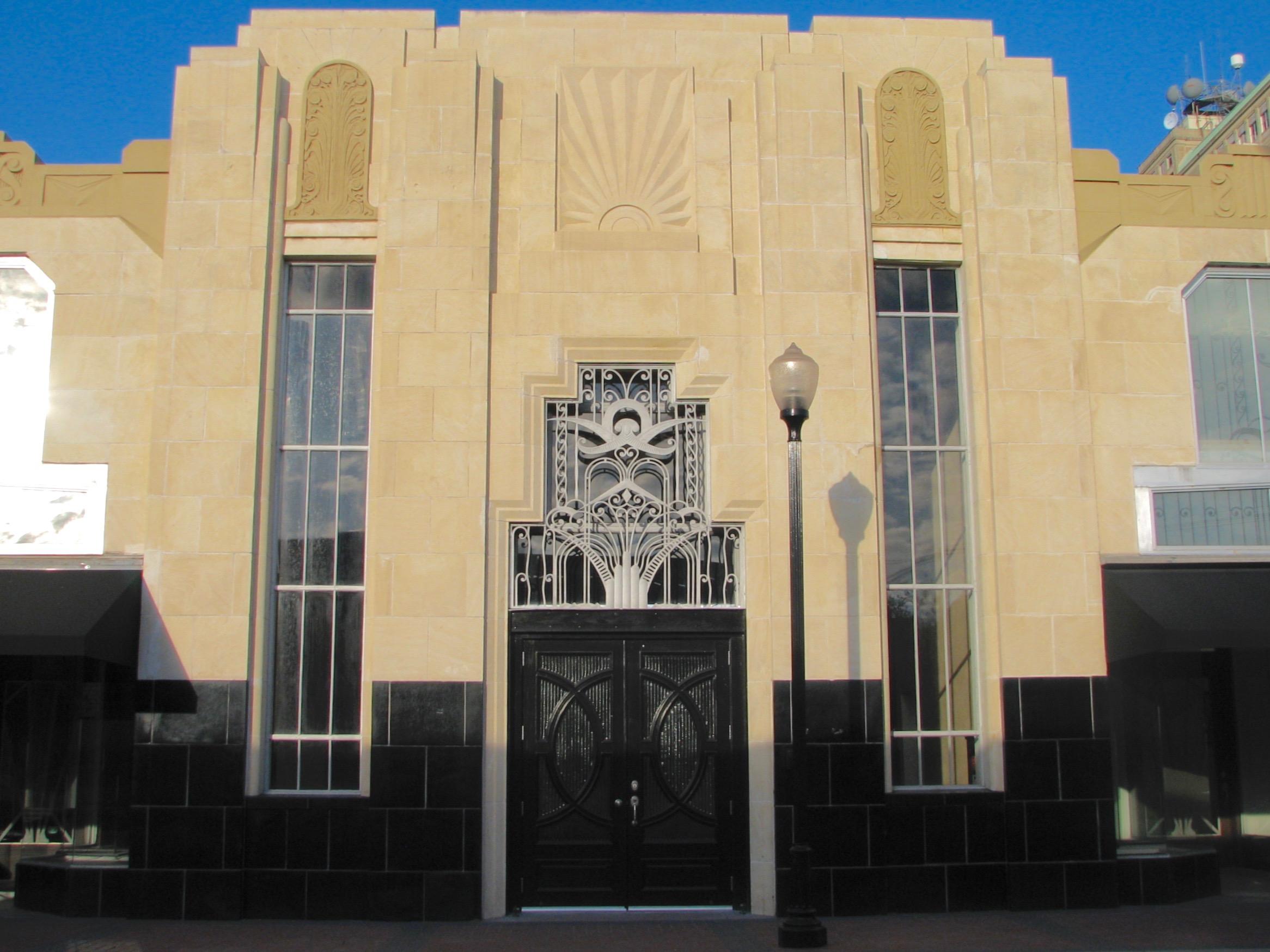 Kyle Building - 215 Orleans