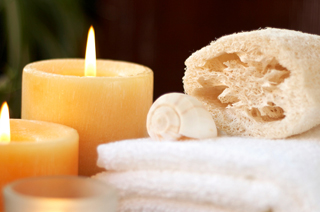 holistic_feeling_massage_candles_edited