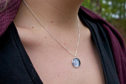Tiny Birth Moon Necklace (16mm)